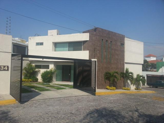 Casa minimalista en hermoso fraccionamiento venta for Venta casa minimalista df