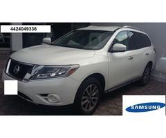 Nissan pathfinder suv 2015