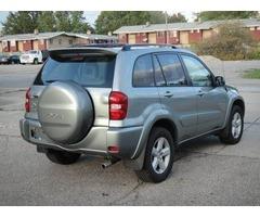 Descripción de este 2005 Toyota RAV4