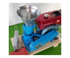 Maquina Meelko  para pellets con madera MKFD120A