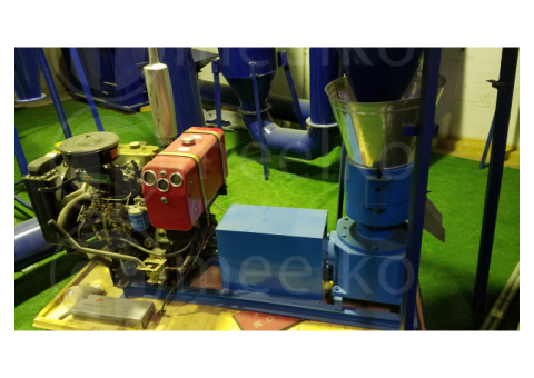 Meelko Peletizadora 260mm 35 hp Diesel para alfalfas y pasturas 400-450kg/h - MKFD260A
