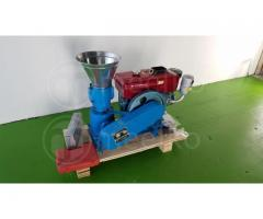 Madera Máquina- pellets 150 mm diesel 60-100 kg/h - MKFD150A