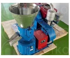 300-400kg - MKFD230A Peletizadora 230mm 22 hp Diesel para alfalfas y pasturas