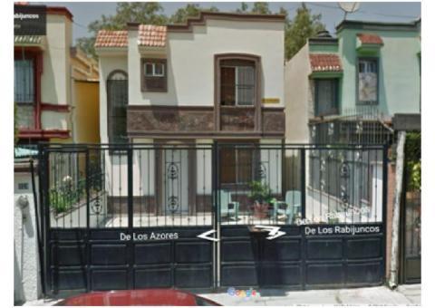 Rento bonita Casa en excelente ubicación: Calle de los Rabijuncos #119 Col. Jardines del Valle.