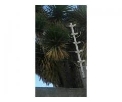 Poste Para Cerca Eléctrica Con 6 Aisladores De Paso Color Blanco
