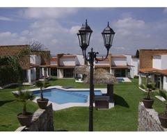 Hermosa casa estilo mexicano, 2 recamaras, albercas con calefacción