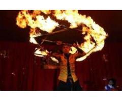 Fuego y atracciones sorprendentes
